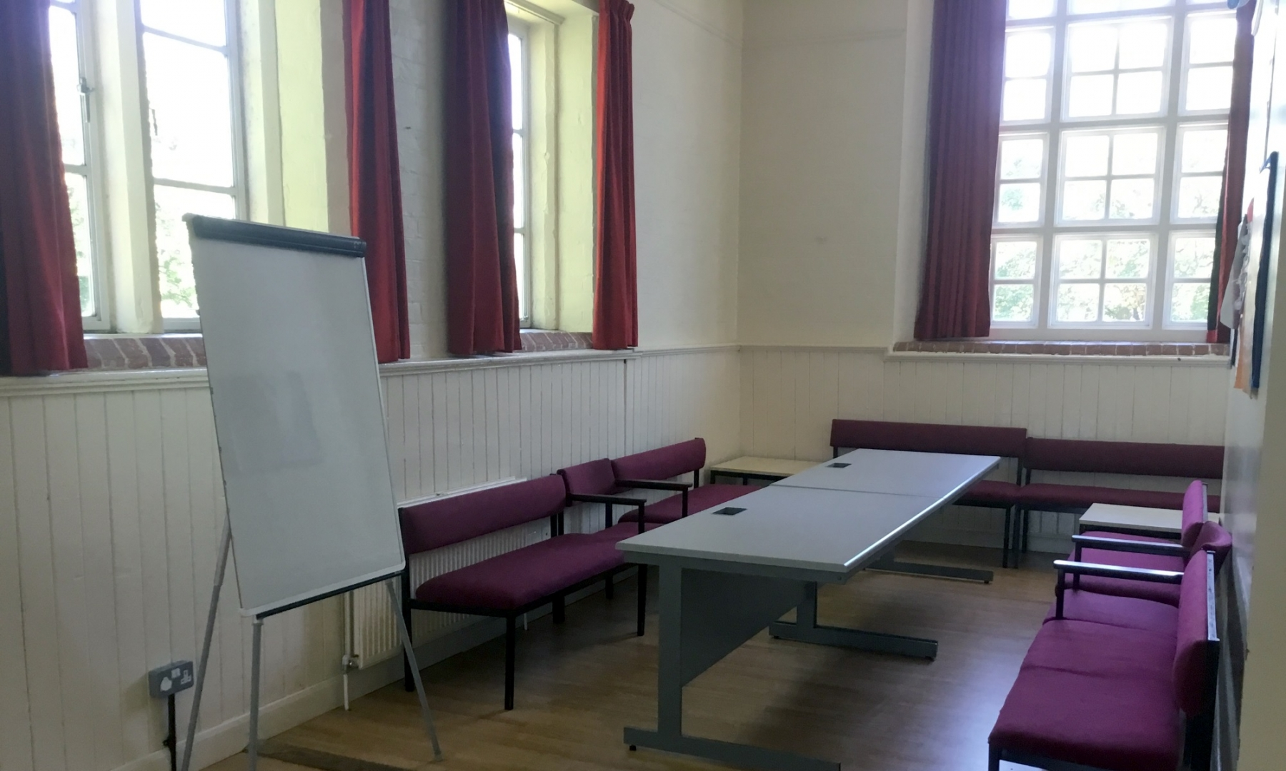 Room 4 - Picture 3